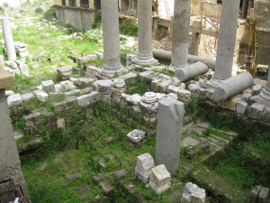 Roman ruins in downtown Beruit