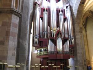 Organ inside St. Giles